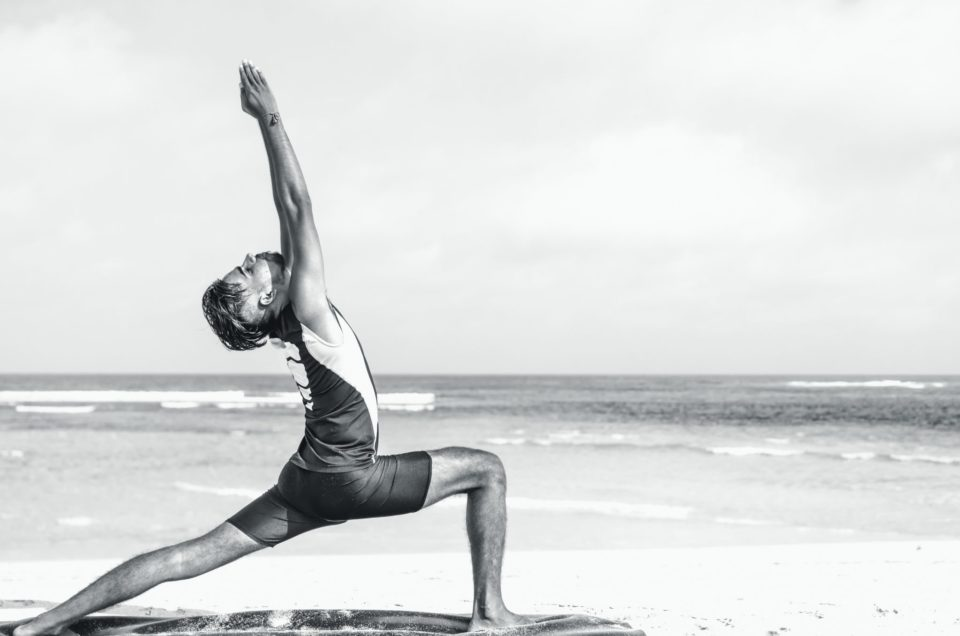 5 Extra Reasons to Persuade Your Man to Try Yoga