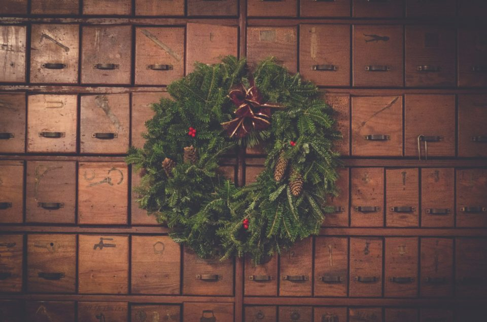 Tips To Manage Holiday Stress & Finances