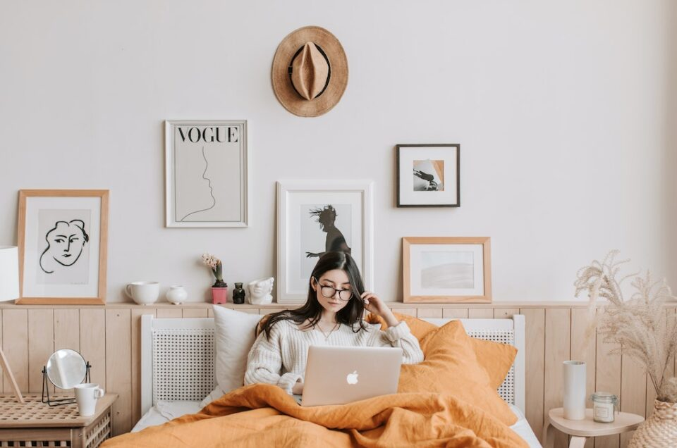 Improve Your Mental Health With Decor in Your Bedroom