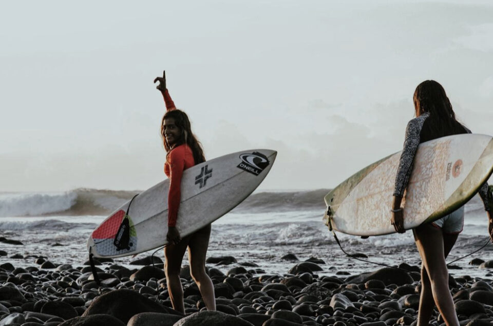 Finding the Right Surfing Gear for Hot and Cold Climates